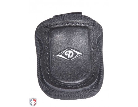 "FM-TG-4 Diamond Padded 4"" Umpire Throat Guard"