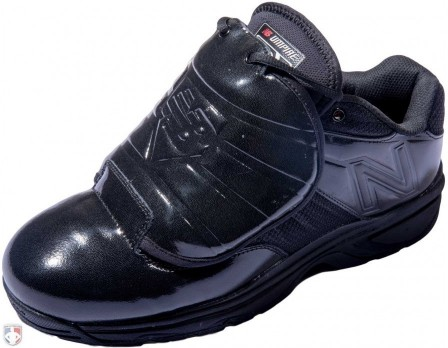 New Balance V3 MLB All-Black Low-Cut Umpire Plate Shoes
