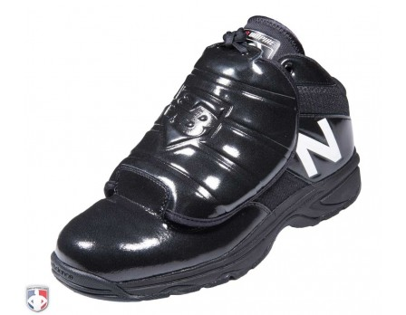 MU460WT3 NEW BALANCE V3 MLB BLACK & WHITE MID-CUT UMPIRE PLATE SHOES ANGLED