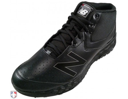 MUM950B3 New Balance V3 All-Black Mid-Cut Umpire Base Shoes Outside Front Angled View