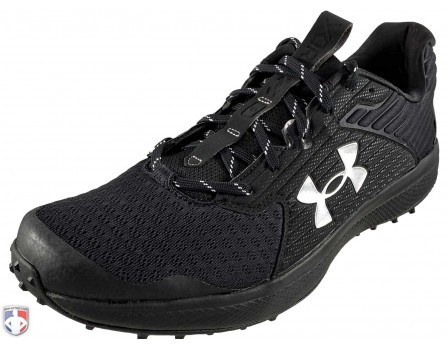Under Armour Yard Turf All-Black Field Shoes